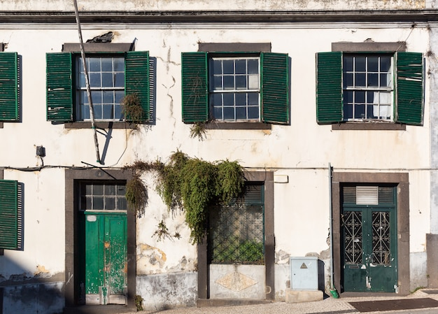 Verlaten europees gebouw