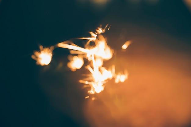 Verlichte sterretje tijdens oudejaarsavond