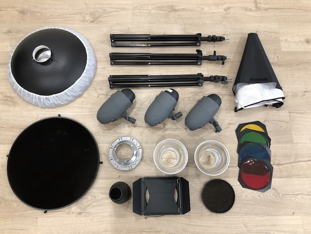 Verlichting ingesteld voor studiofotografie tot op vloer