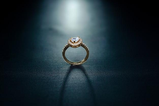 Verlovingsring accent liefde