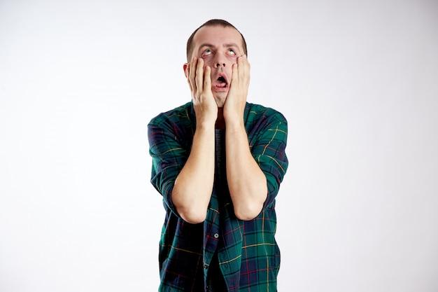 Vermoeidheid slaperigheid en depressie bij mannen. overwerk