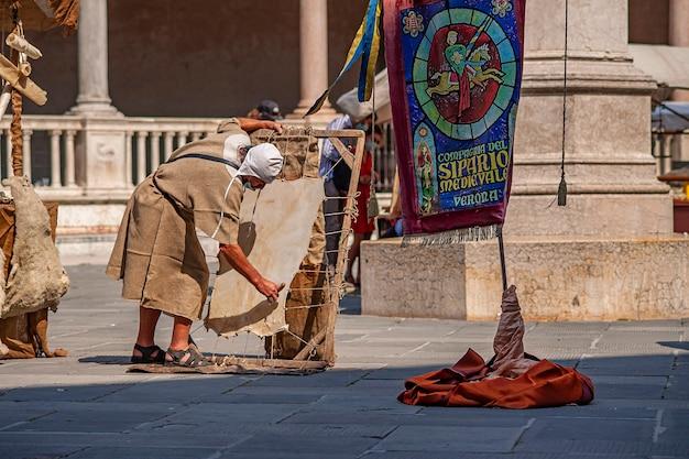 Verona, itali 10 september 2020: middeleeuws evenement in italië