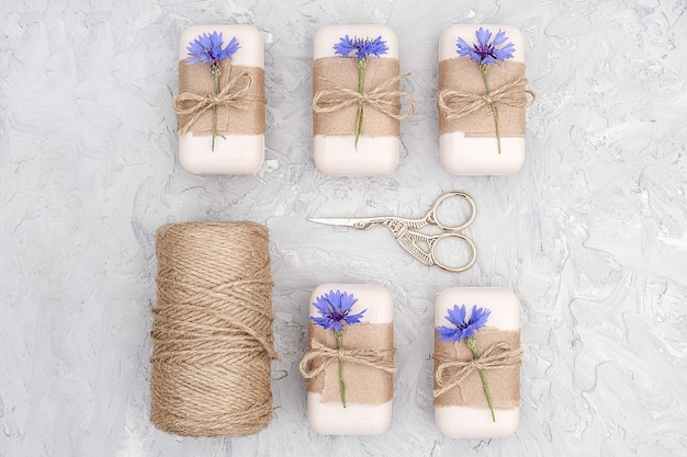 Verpakking van natuurlijke handgemaakte zeep