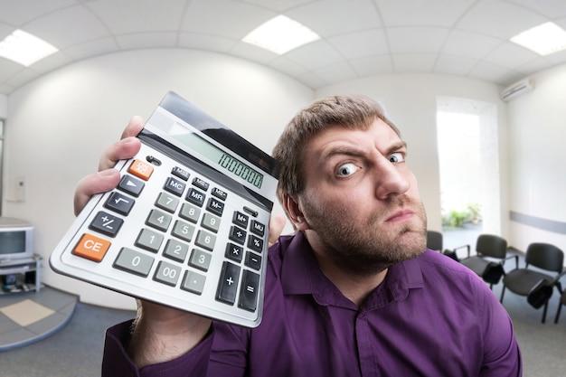 Verrast man met rekenmachine