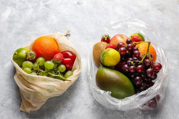 Vers biologisch geassorteerde fruit en bessen.