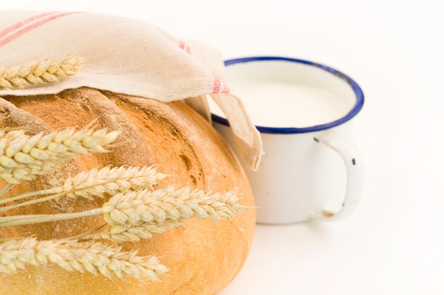 Vers brood en melk