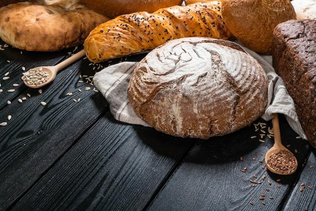 Vers brood op de tafel