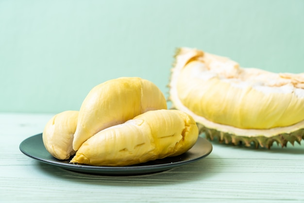 Vers durian fruit