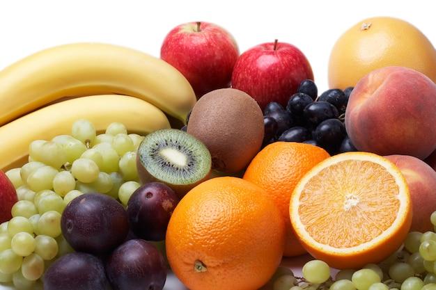 Vers fruitfruit op wit
