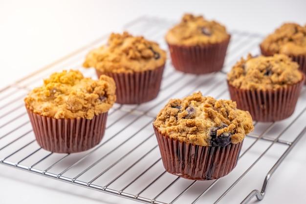 Vers gebakken bosbessenmuffins cupcakes
