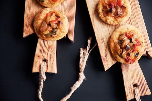 Vers gebakken mini-pizza's