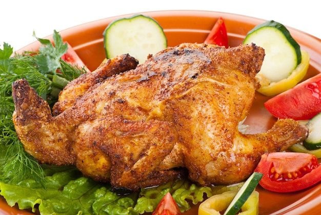 Vers gegrilde hele kip met groenten