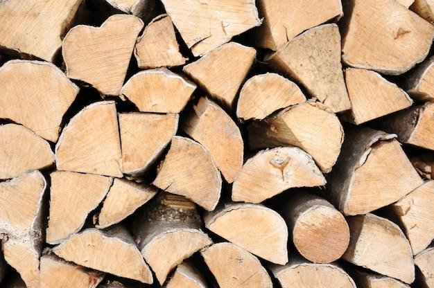 Vers gehakt brandhout
