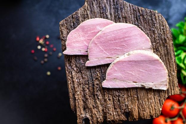 Vers koud gekookt varkensvlees plak heerlijk klaar eten