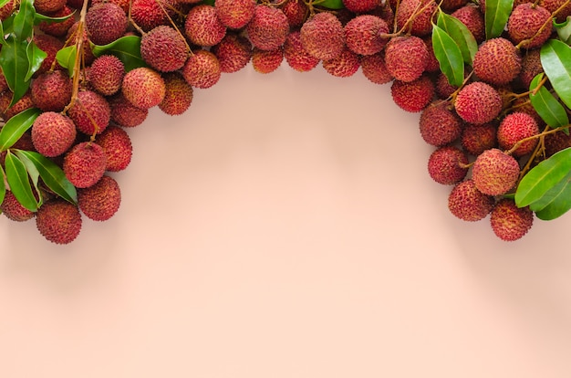 Vers lychee fruit met bladeren