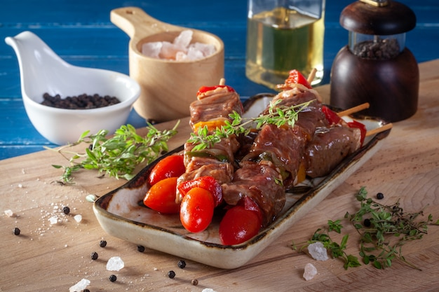 Vers rauw rundvlees koken bar-bq