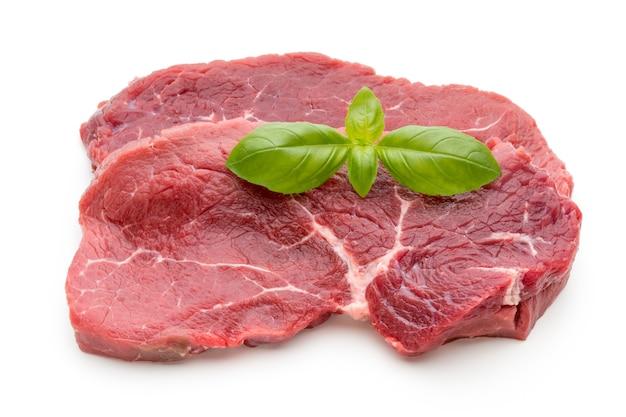 Vers ruw bio geïsoleerd rundvleeslapje vlees