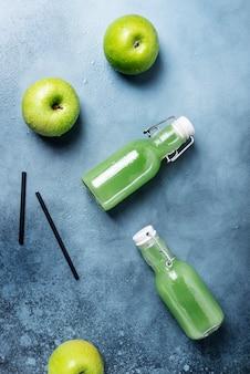 Vers sap met groene appels
