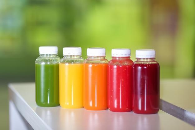 Vers sap mix groenten en fruit, gezonde dranken