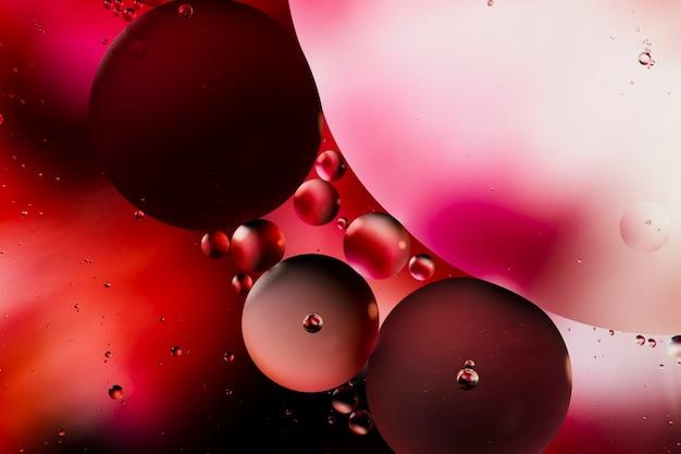 Verscheidenheid aan prachtige abstracte vormen met olie in water