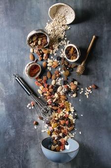 Verscheidenheid van gedroogde vruchten en noten