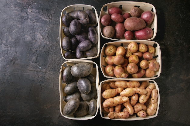 Verscheidenheid van rauwe aardappelen