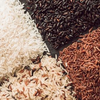 Verscheidenheid van rijstkorrels achtergrond