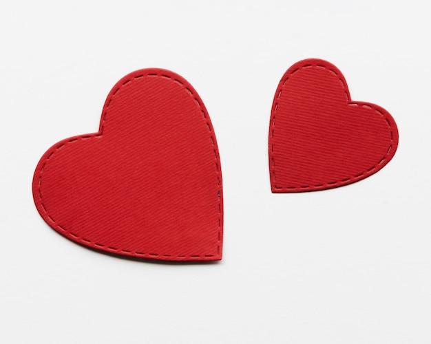 Verschillende hartvorm op tafel