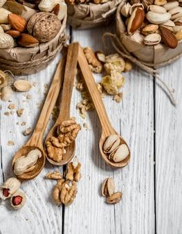 Verschillende noten in borden