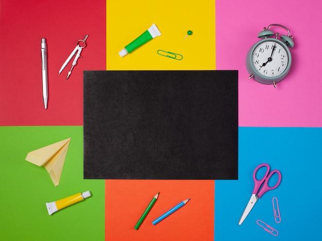 Verschillende school briefpapier met kopie ruimte