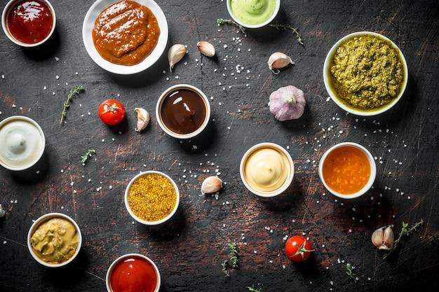 Verschillende soorten sauzen.