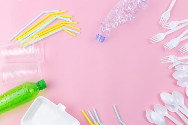 Verschillende wegwerp plastic keukengerei