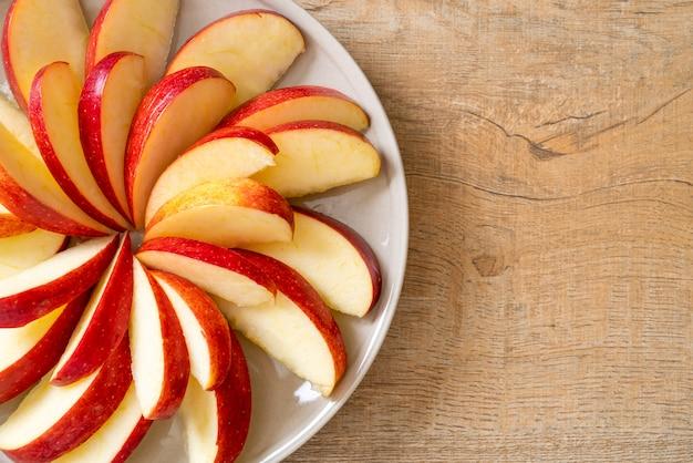 Verse appel segment op plaat