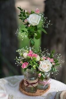 Verse bloem bruiloft decoratie rustieke stijl close-up
