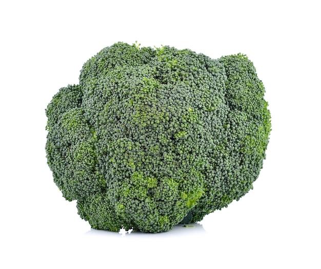 Verse broccoli op wit