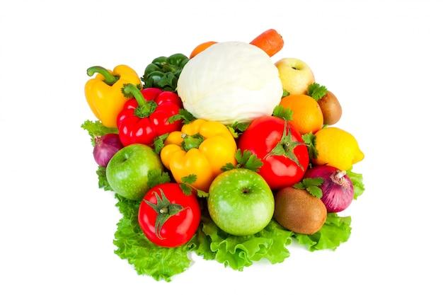 Verse groenten op geïsoleerd
