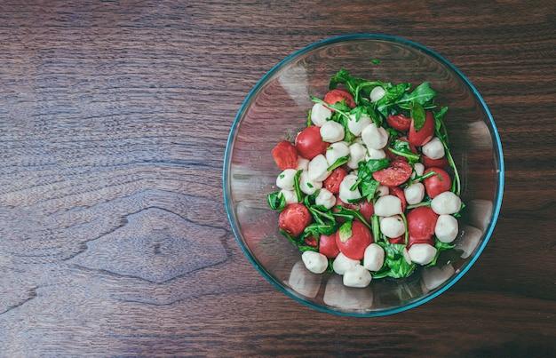 Verse italiaanse salade