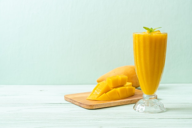 Verse mango smoothies