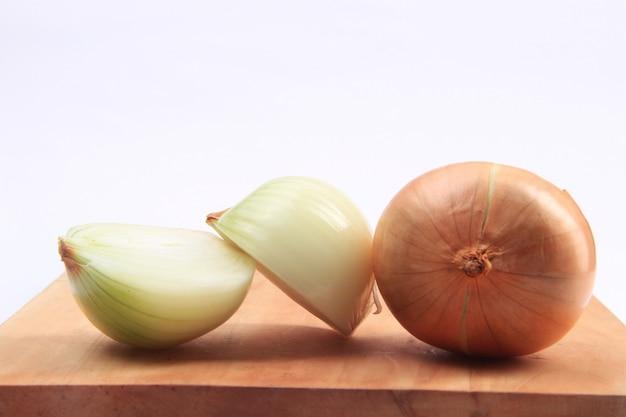 Verse ui klaar voor groenten