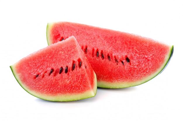 Verse watermeloen die op wit wordt geïsoleerd