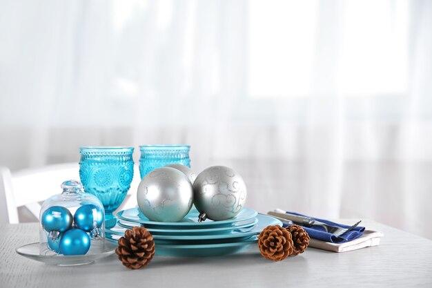 Versierde kerst tafel setting. kerstmenu concept