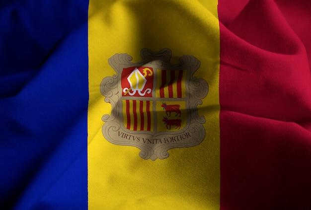 Verstoorde vlag van andorra waait in de wind