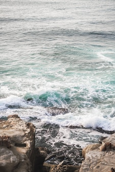 Verticale opname van de zee