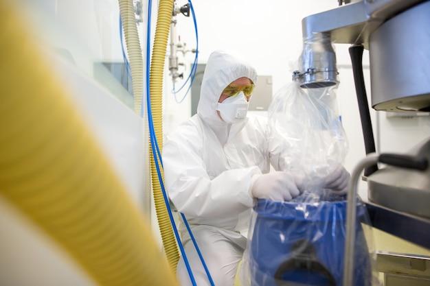 Vervaardiging van geneesmiddelen in chemielaboratorium, ontwikkelingsconcept