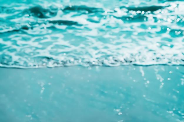Vervagen van blauwe zee abstracte zomer, natuur achtergrond