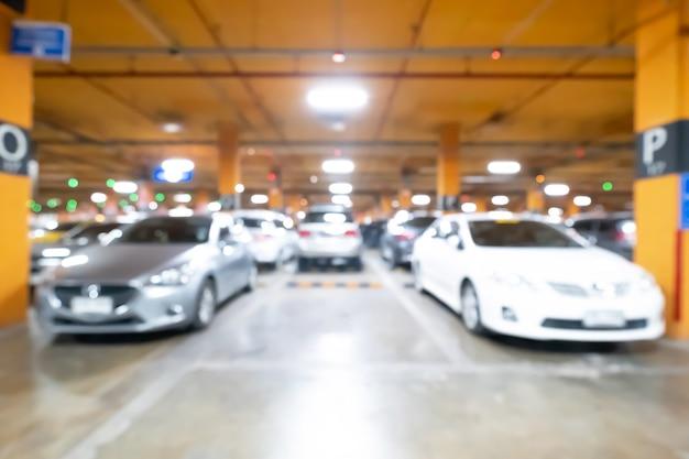 Vervaging van lege ruimte op een parkeerplaats.