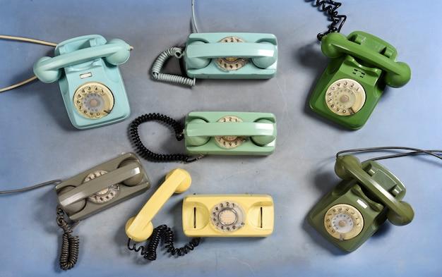 Verzameling van oude vintage roterende telefoons