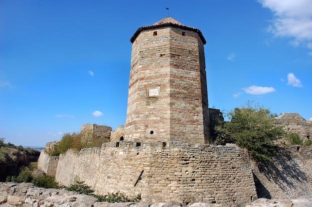 Vestingstoren van het middeleeuwse fort ackerman