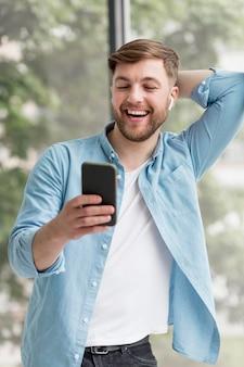 Videogesprek op mobiel