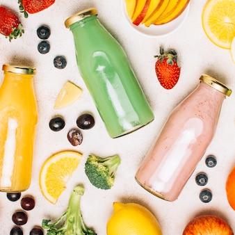 Vierkant kleurrijke regeling met smoothies